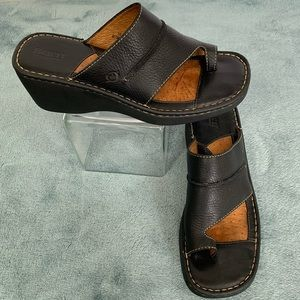 Born Black Leather Wedge Sandals Size 10